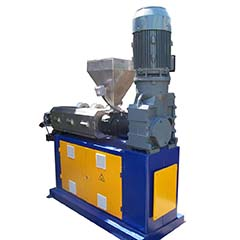 Extruders manufacturing D-80